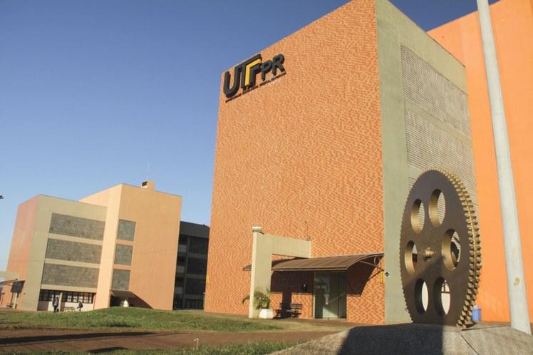 Fachada Campus Toledo