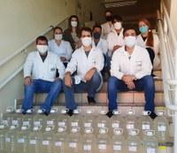 Produção de álcool em gel para doação no Câmpus Toledo