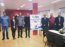 Roberto Neli (diretor de pesquisa e pós-graduação UTFPR-CM); Morgana Suszek (coord. local do ProfÁgua); Eudes Arantes (prof. ProfÁgua);  Christian Luiz da Silva (Pró-Reitor de Pesquisa e Pós-Graduação UTFPR); Jefferson Nascimento de Oliveira (coordenador geral ProfÁgua); Glailson Guedes Capucho (CAPES); Heron Lima (diretor UTFPR-CM).