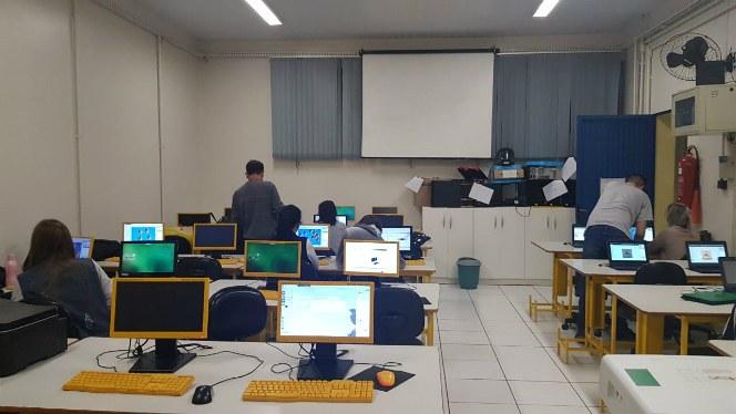 oficina_nas_escolas2.jpg