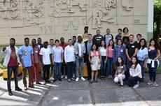 Participantes do encontro de alunos estrangeiros da UTFPR (Foto: Decom)