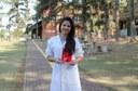 Aluna Isabelle Costa quando recebeu a premiação 3M para Estudantes Universitários