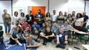 Alunos que participaram da Hackaton da Sanepar junto a professores e corpo diretivo do Câmpus Londrina (Foto: Divulgação)