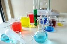 Inscrições abertas para a Olimpíada Paranaense de Química (Foto: Freepik)
