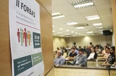 Professores reunidos no auditório do Conselho Universitário da UTFPR para a abertura do II ForBas