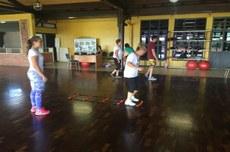 Sede Neoville já realiza atividades física com a terceira idade coordenada pela professora Maressa. Foto: Saturnino Machado