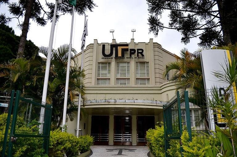Sede da Reitoria da UTFPR, em Curitiba (Foto: Decom)