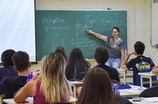Editais têm vagas de professor em cinco campi da UTFPR (Foto: Decom)