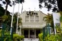 Fachada da UTFPR em Curitiba (Foto: Decom)