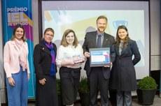 Equipe da UTFPR recebe premiação   Foto: Assessoria da IEL-PR